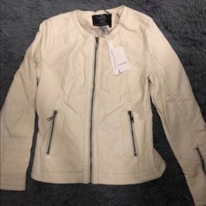 New  faux leather ivory Jacket❗️ Size L